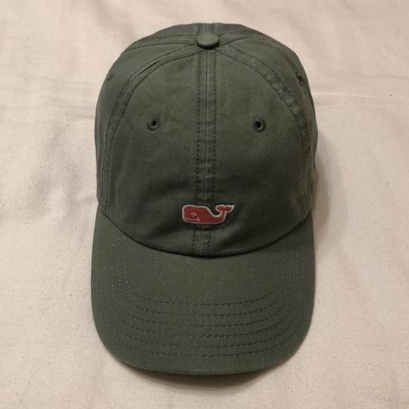 New! Men's adjustable hat by Vineyard Vines